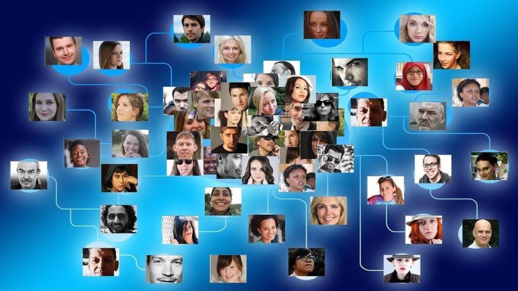 Création page réseaux sociaux